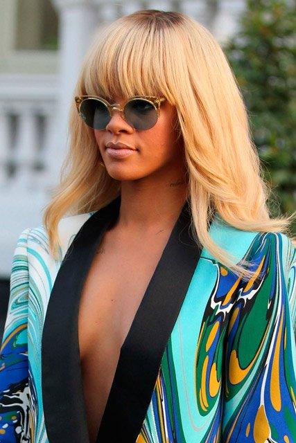Rihanna indossa Super
